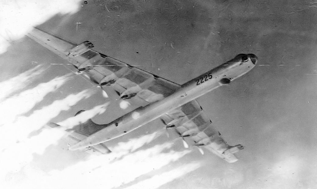 11th_bombardment_wing_convair_b-36j-5-cf_peacemaker_52-2225