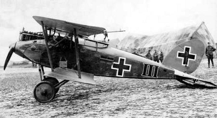 captured_halberstadt_cl.ii_side_view_1918