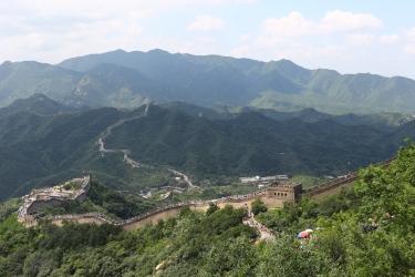 great_wall_of_china_in_tourist_season